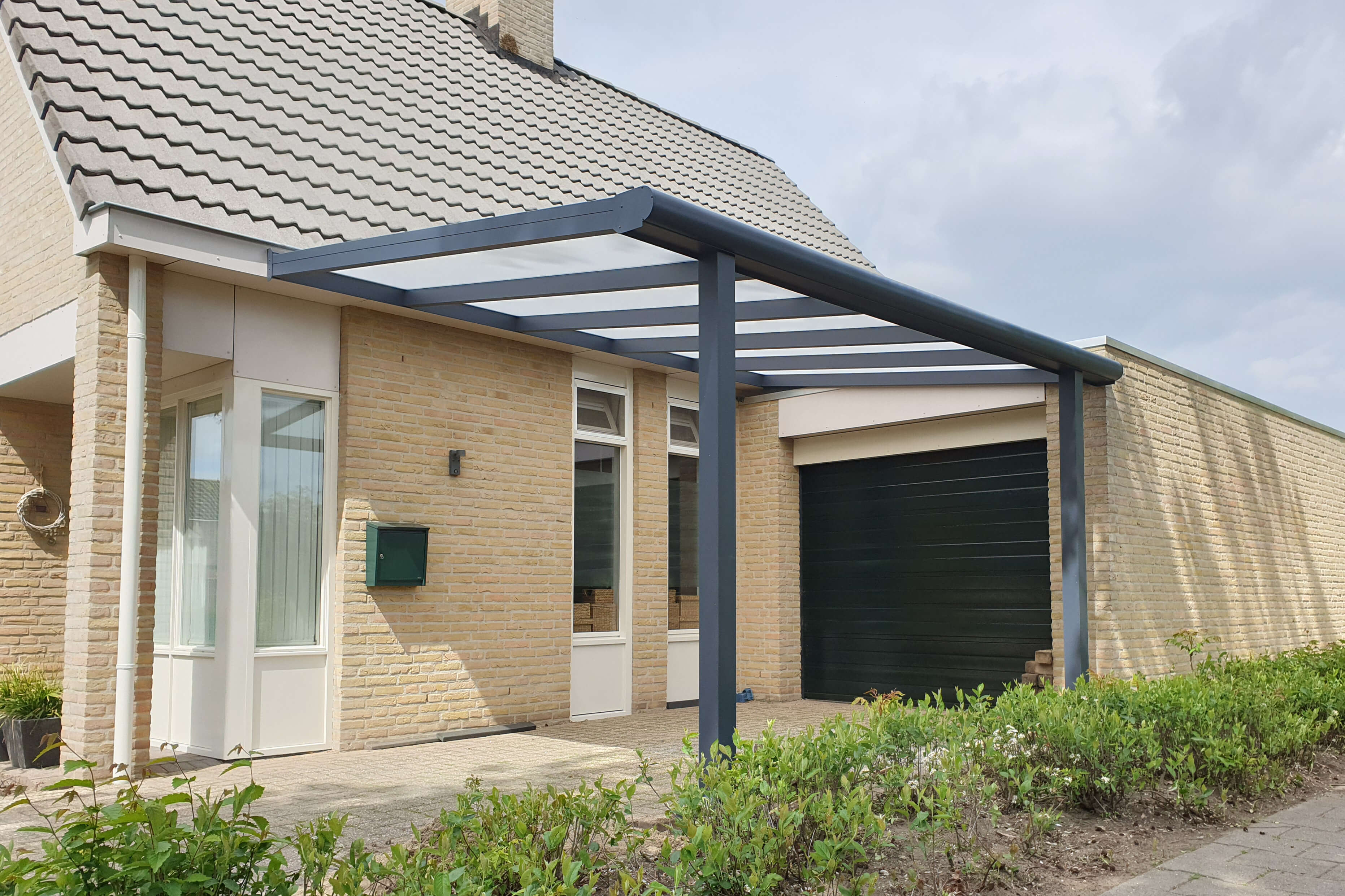 carport with glass roof